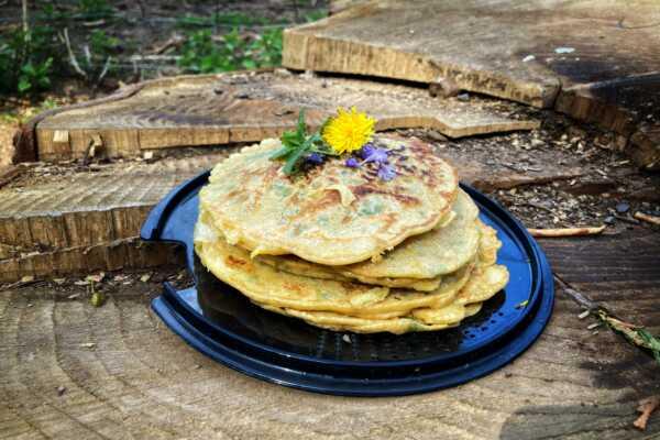 Wildkräuter-Pfannkuchen total